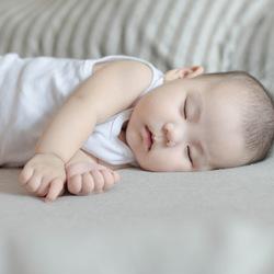 奇遇宝宝出生100天的午后日常 kidsfoto枫糖盒子-拍娃党公众号